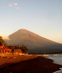 Bali Tours ideas: See Agung volcano, the highest point on the island