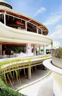 Bali Tours ideas: Shop at Beachwalk, the newest beachfront mall in Bali