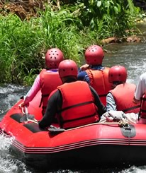 Bali Tours ideas: Try whitewater rafting at Ayung River